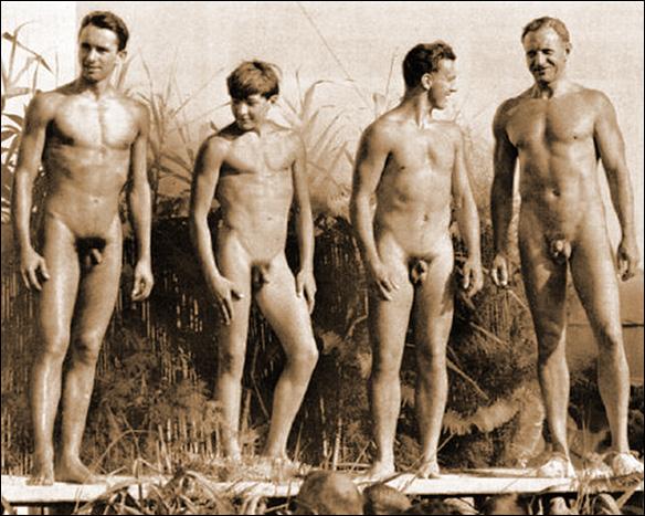 Nudister