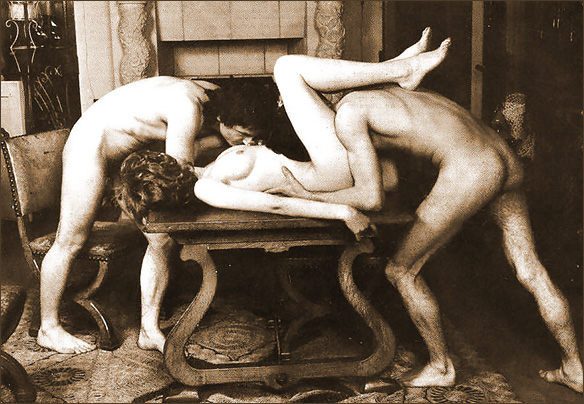 threesome_on_table